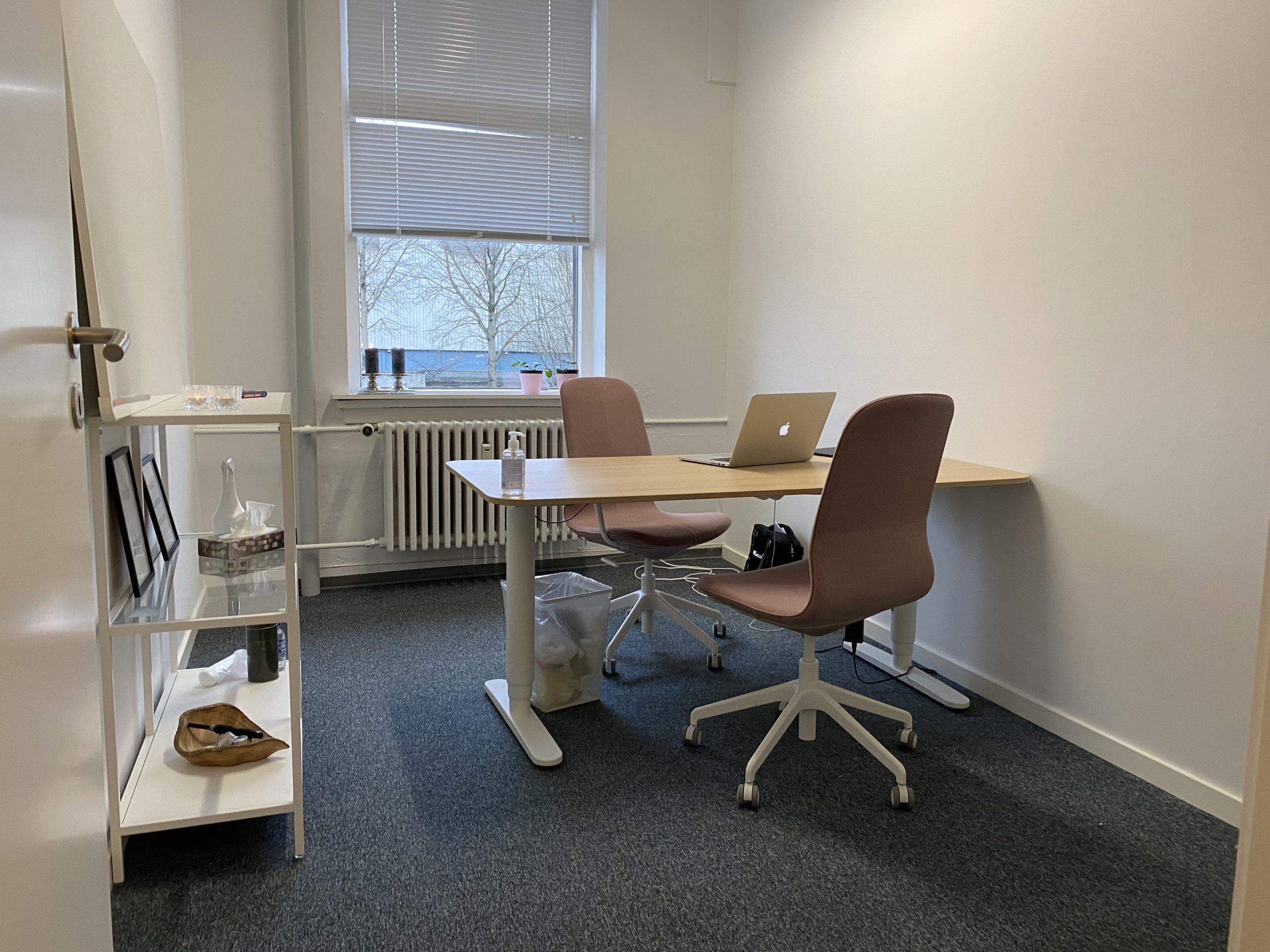 På Havnen i Odense C, er der mulighed for privat konsultation i rolige omgivelser.